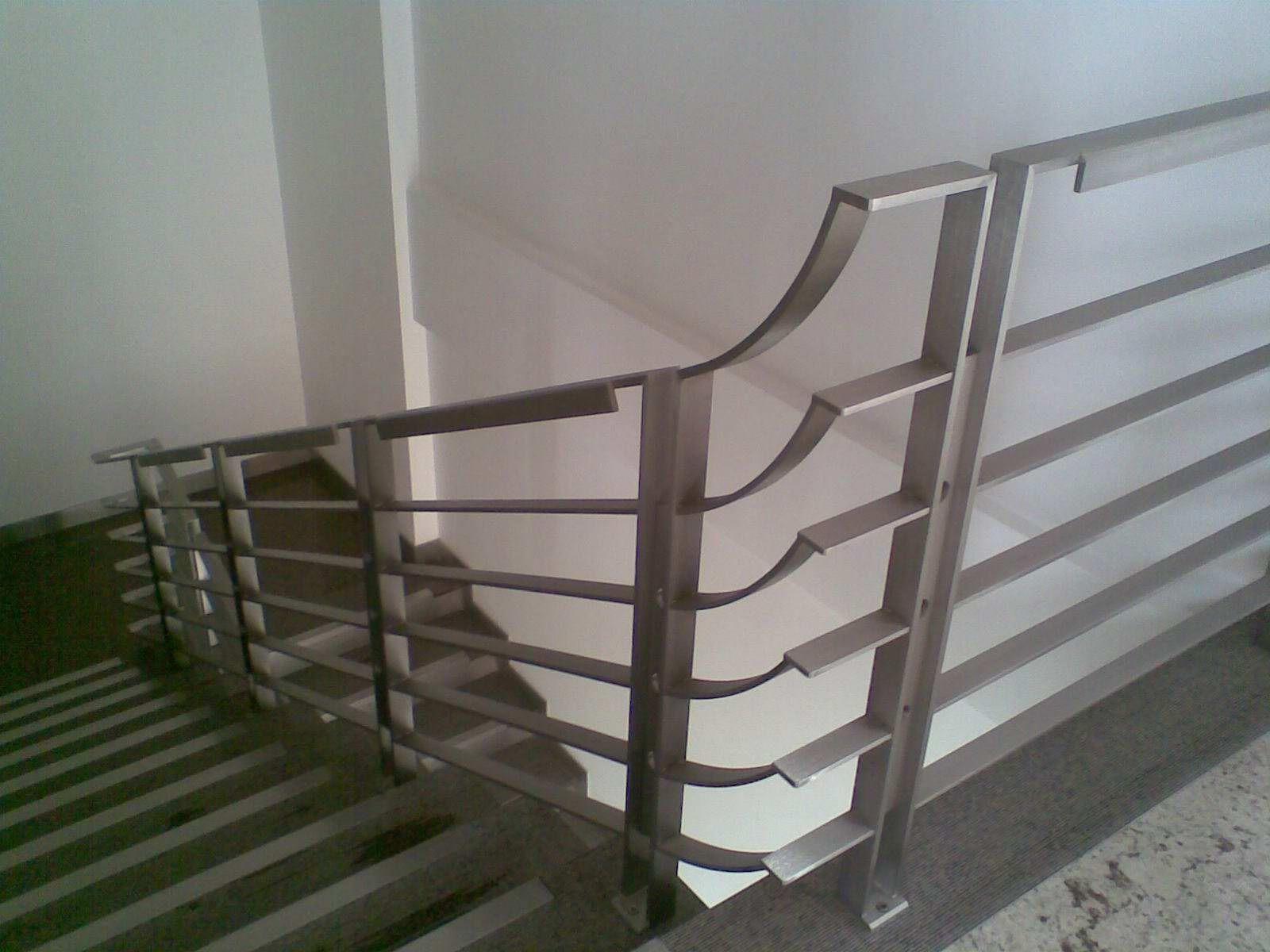 Stainless Steel Stair Railing Designs