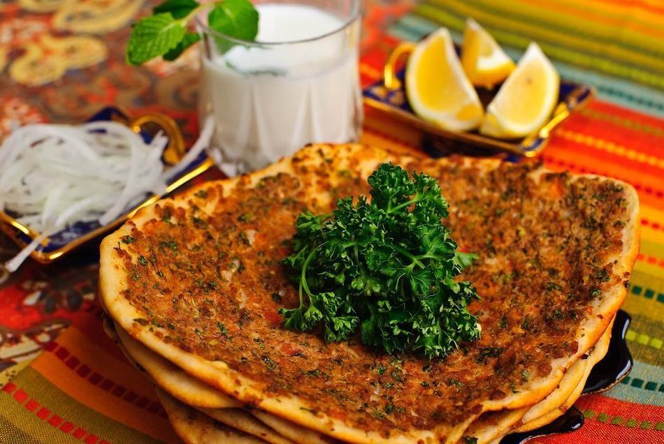 Lahmacun pizza turca  Recetas para cocinar  Cocina turca