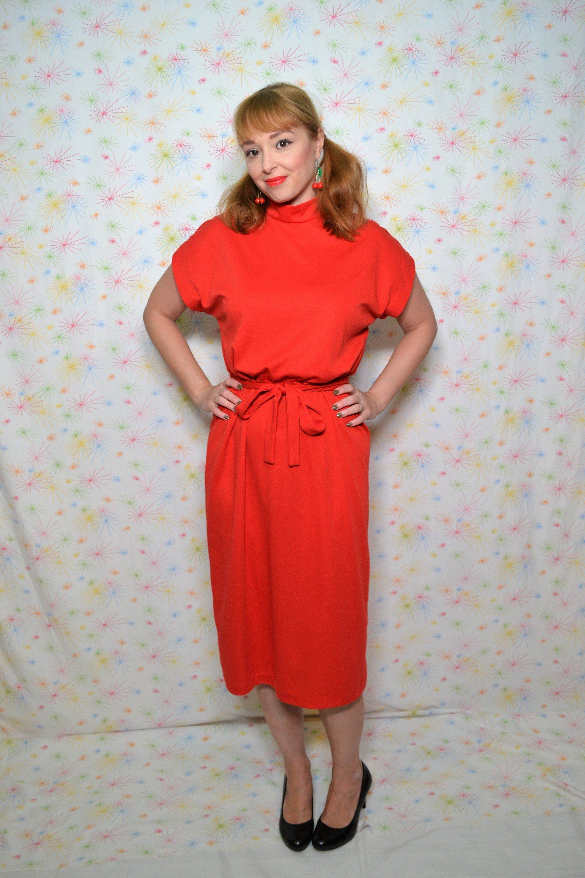 S red dress with belt medium vintage clothing women s day