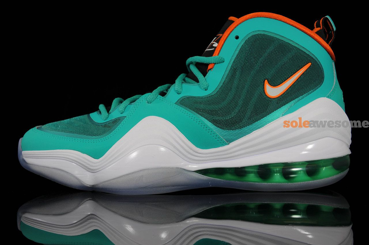 Nike Air Penny V Miami Dolphin  Nike  SoleAwesome  Kicks Couleurs Vertes 10db0eaf3