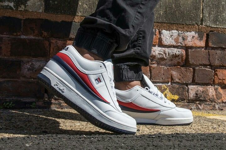Fila T1 | Trainers I Would like | Sneakers nike, Sneakers, Shoes