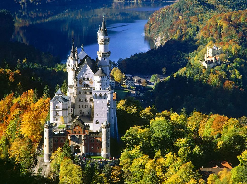 It Was Living The Fairy Tale Schloss Neuschwanstein Foreground Schloss Hohenschwangau Background Germany Castles Neuschwanstein Castle Castle Bavaria
