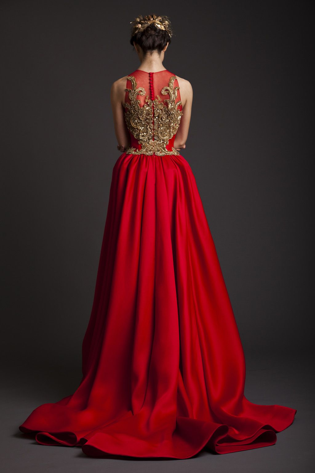 I just love this dress! Can imagine Celeste wearing it... -the selection