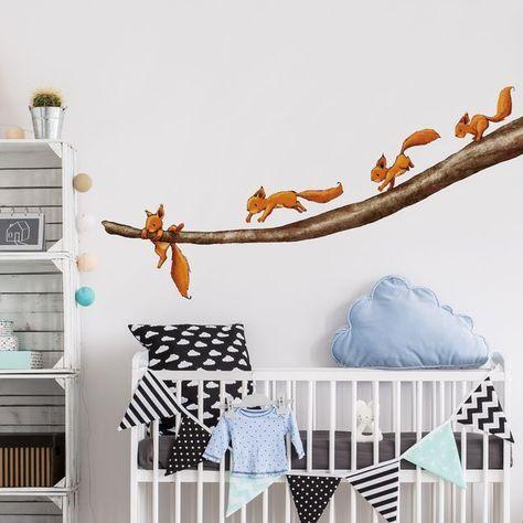Wandtattoo Wald Babyzimmer Einhörnchen, halt dich fest