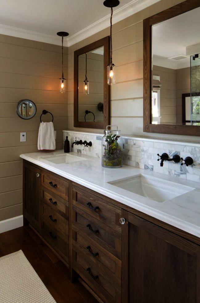 Kleine Schmale Badezimmer Ideen Mit Wanne Und Dusche Damit Badezimmer Jobs Umgestalten Small Narrow Bathroom Wooden Bathroom Vanity