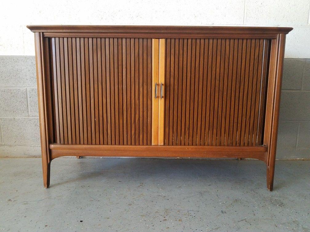 Vintage Magnavox Tv Cabinet With Tambour Doors Ernies Mid