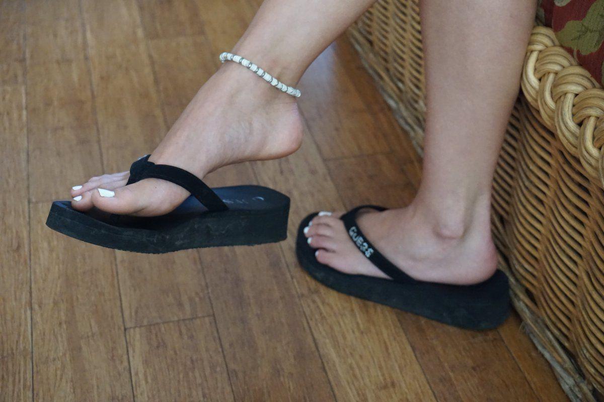 521a60741 Mandy Flores s Feet  lt  lt  wikiFeet Womens Flip Flops