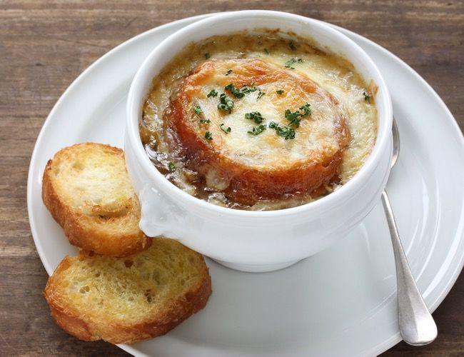 Francouzská cibulačka a   netradiční marmeláda –   využijte cibuli v kuchyni                   Jak cibule pomáhá a léčí, se dočtete v člá...