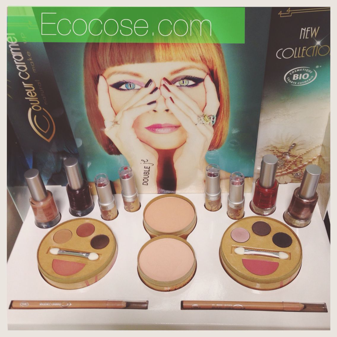 La collezione Double Je Couleur Caramel. Con l'acquisto di 1 kit Flash Makeup o 1 Poudre Precieuse subito in Omaggio 2 salviette struccanti in cotone bio Couleur Caramel!!  #ecobio #ecocose #couleurcaramel #doubleje #cosmeticiecobio #cosmeticibiologici #bio #cosmesiecobio