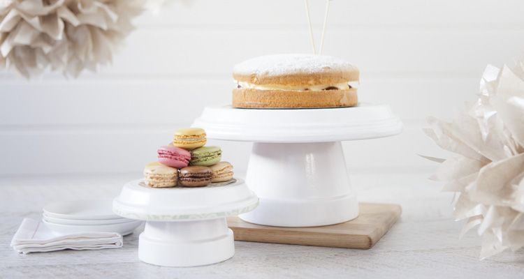 50 gorgeous do it yourself cake stands craft and graduation ideas 50 gorgeous do it yourself cake stands solutioingenieria Gallery