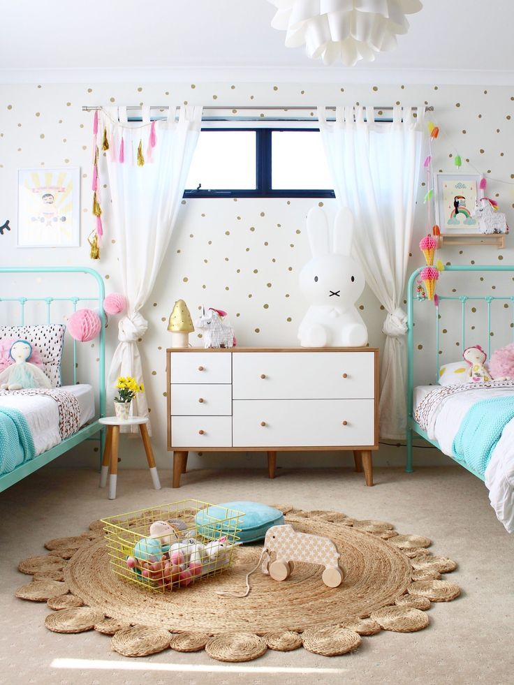 Go Get That Children Room Decor You Ve Been Dreaming About Http Www Homedesignideas Eu Shared Girls Bedroom Kids Bedroom Decor Shared Bedroom