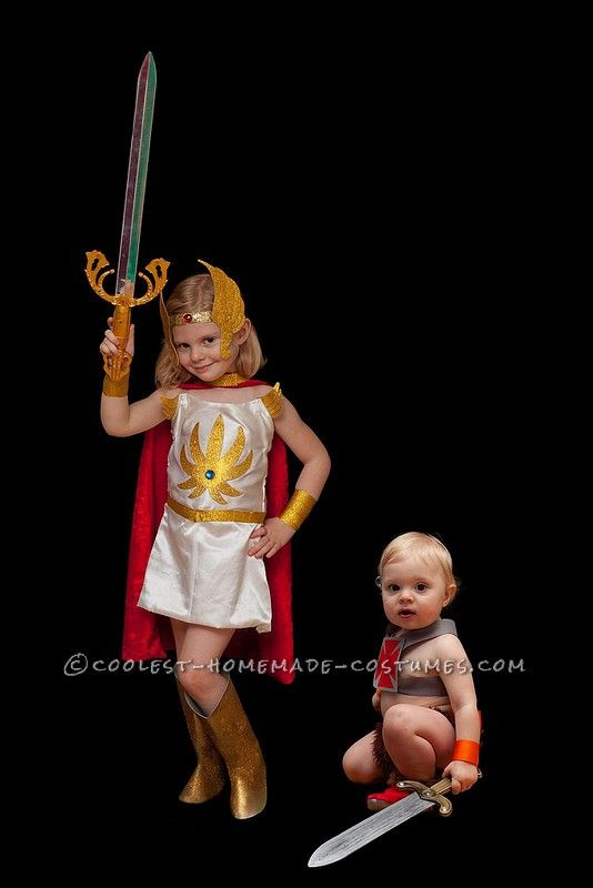 Coolest Masters of the Universe Family Costume He-Man She-Ra and  sc 1 st  Pinterest & Coolest Masters of the Universe Family Costume: He-Man She-Ra and ...