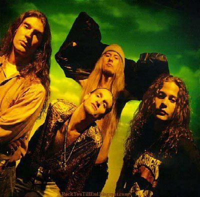 Essential Albums Alice In Chains Dirt Alice In Chains