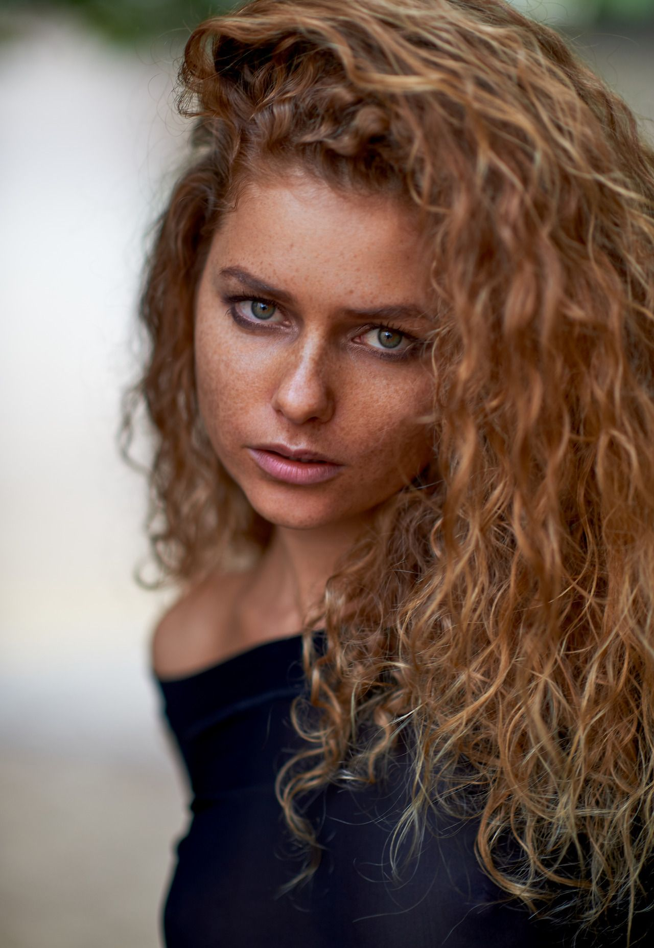 Yulia Yaroshenko.   Arte del retrato, Retratos, Pelirrojas