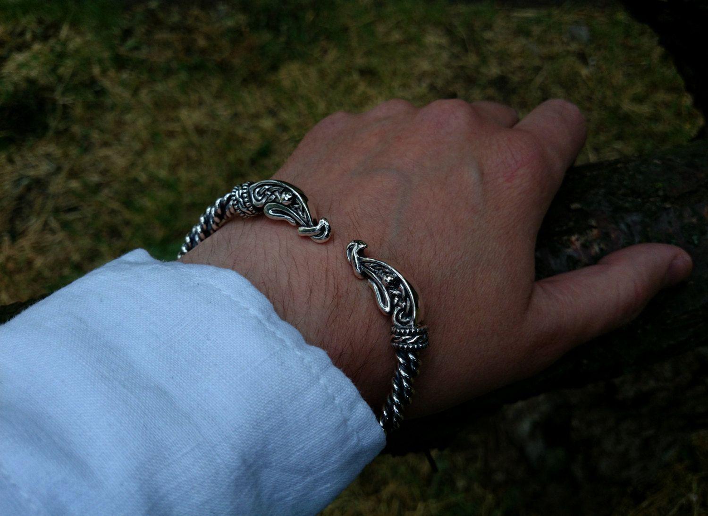 Viking Bracelet Hommes poignet main Nordic Rune Bangle Pagan Celtique Steel Norse