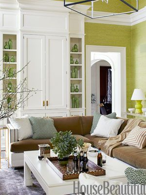 10 Gorgeous Green Living Rooms