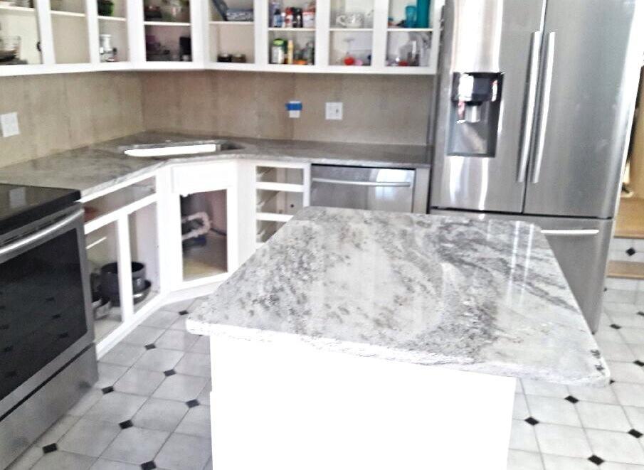Snowflakes Granite Countertops