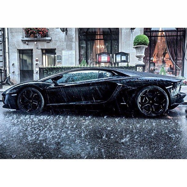 Lamborghini Aventador In The Rain #CarFlash
