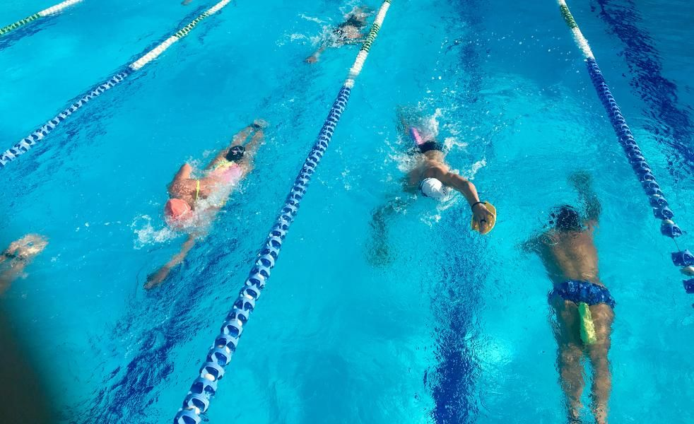 Do you really want to swim faster..., or look good?! As we
