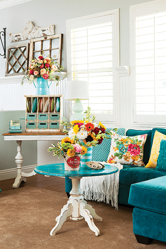 Colorful Vintage Cottage Style Cottage Style Decorating Renovating And Entertaining Ideas For Indoors And Out Cottage Style Decor Vintage Cottage Home Decor Styles