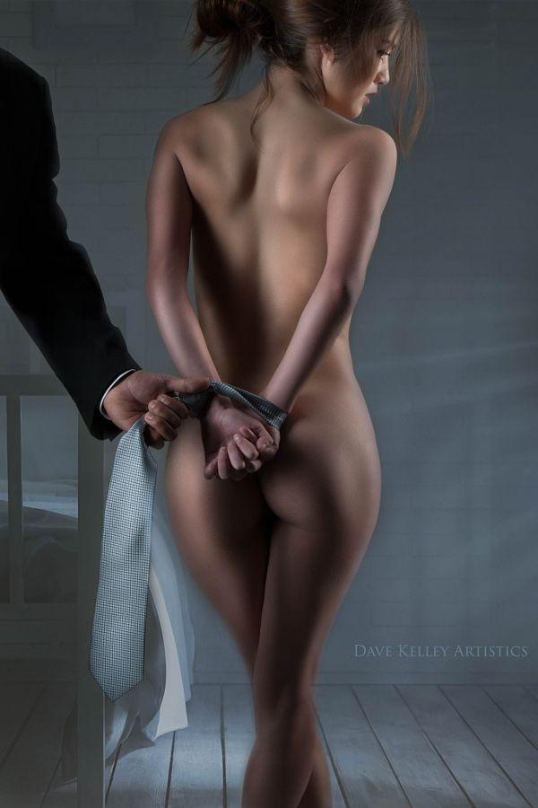 Порно фото женщины дрочат член