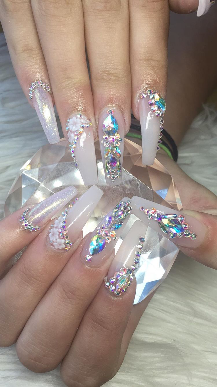 Pin By Destiny On Bling D Up Nails Bling Acrylic Nails Nails Design With Rhinestones Summer Acrylic Nails