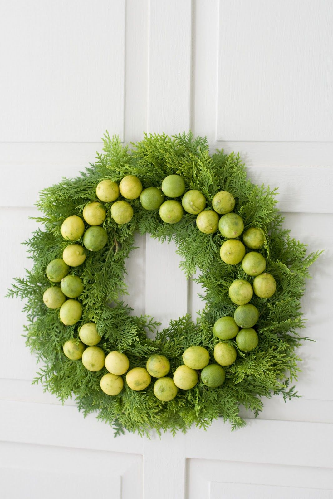 Holiday How To: Gorgeous Green Sweet or Sour Wreath | Brooklyn Limestone