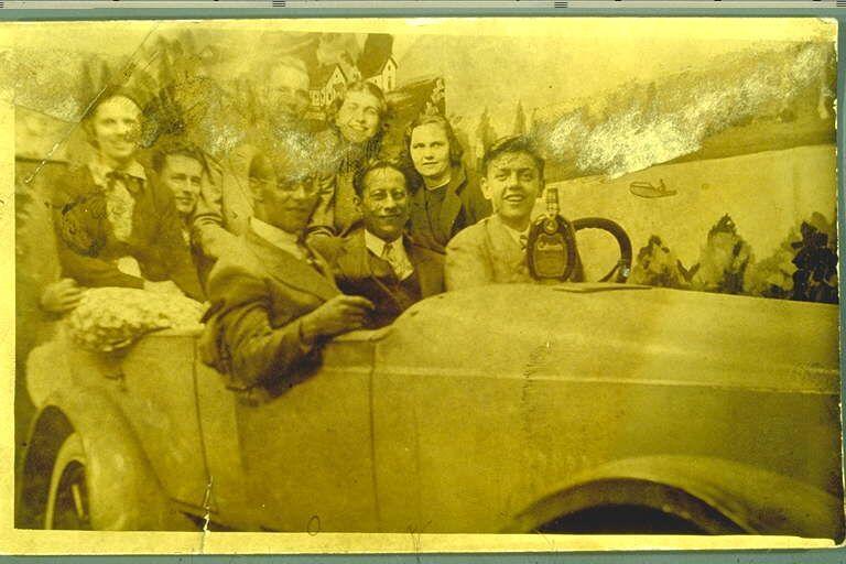 1937 group portrait in brooklyn prop car
