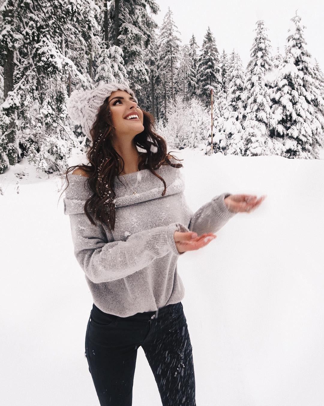 """Sarah 🦋 on Instagram: """"Oh was ich für Schnee wieder geben würde ❄️❄️ bin einfach total happy wenn alles weiß ist und vor allem an Weihnachten! Ich bin nun…"""""""