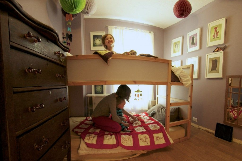 Childrens Kids Bedroom Furniture Set Toy Chest Boxes Ikea: Shared Bedroom With Painted Kura Bed And Montessori Floor