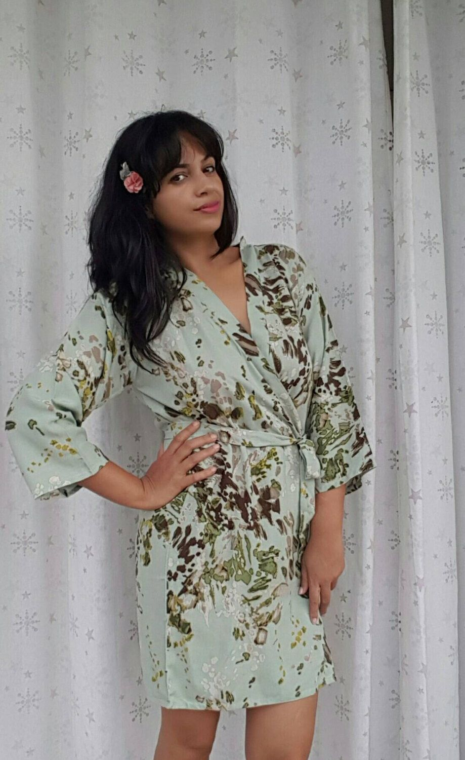 Floral robe sleeve bridesmaids gift Bride robe spa robe Vintage Classic robe Green Mint Robe Dressing up robe Maid of honor