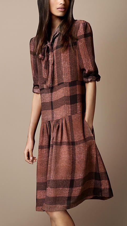 Burberry Brit Dropped Waist Silk Dress Барберри Британия, Burberry Prorsum,  Похудение В Талии, 424b3c44bf5