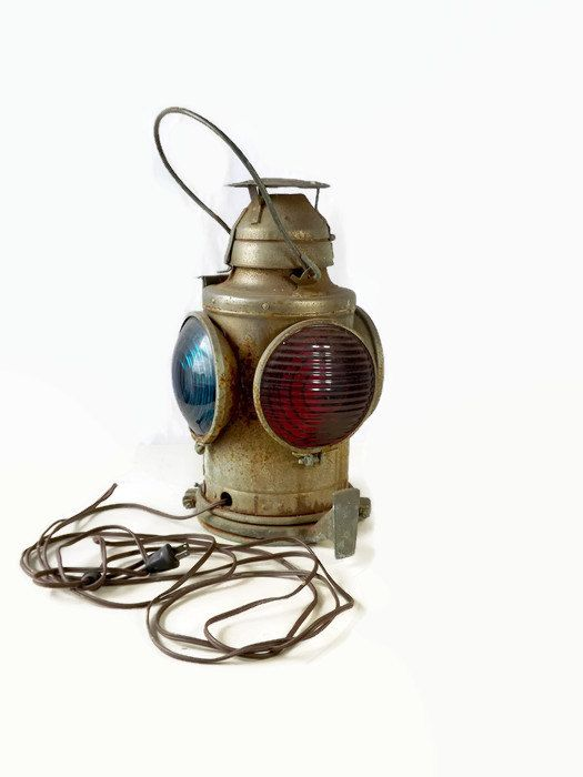 Handlan Railroad Lantern St Louis USA by MomsantiquesNthings