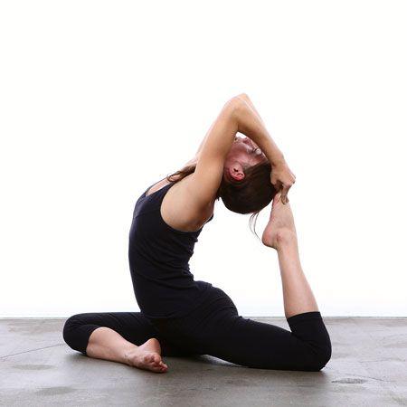 One Legged King Pigeon Pose Eka Pada Rajakapotasana Backbend Yoga Poses Hip Opening Yoga Poses