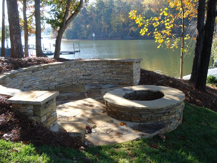 lakeside landscaping ideas lakeside patio and firepit cabin in rh pinterest com