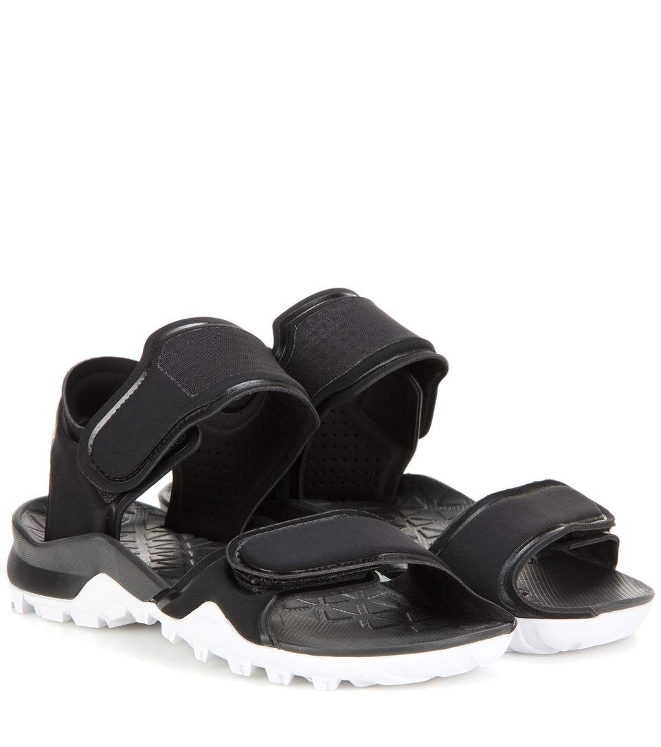 49f6048610c157 ADIDAS BY STELLA MCCARTNEY Hikira Fabric Sandals.  adidasbystellamccartney   shoes  sandals