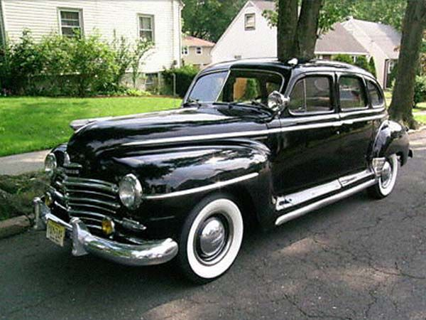 Plymouth 4 door 1948 retro and cool autos pinterest for 1946 plymouth special deluxe 4 door