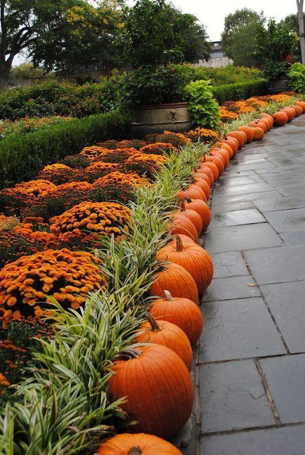 25 Mesmerizing Outdoor Fall Decor Ideas #fallseason