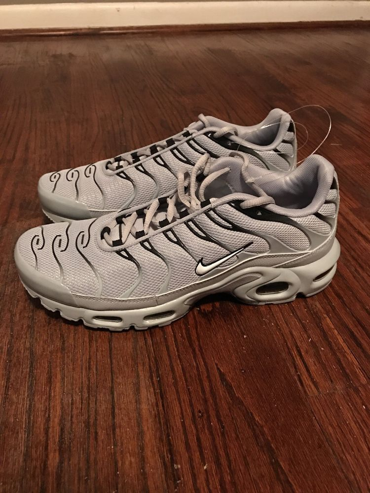 huge discount 5faec 76ebc Mens Nike Air Max Plus TN Tuned 1 Wolf Grey Black White Trainer 852630-021  Sz 11   eBay