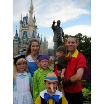 Disney Family Costume | Disney Love | Pinterest | Disney family ...