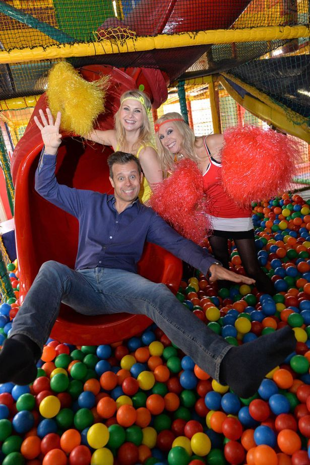 Funhouse Twins Melanie And Martina And Pat Sharp