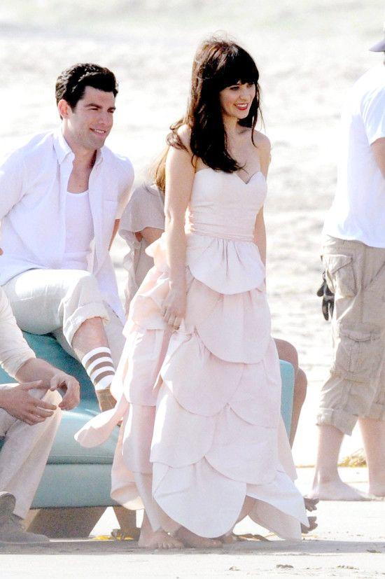 New Girl Candids Beach Wedding Photoshoot Zooey Deschanel Style