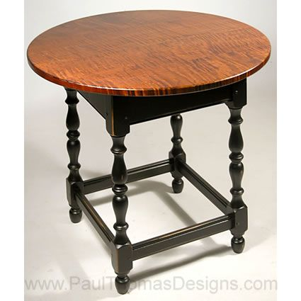 Williams And Mary American Colonial Round Stretcher Base Table