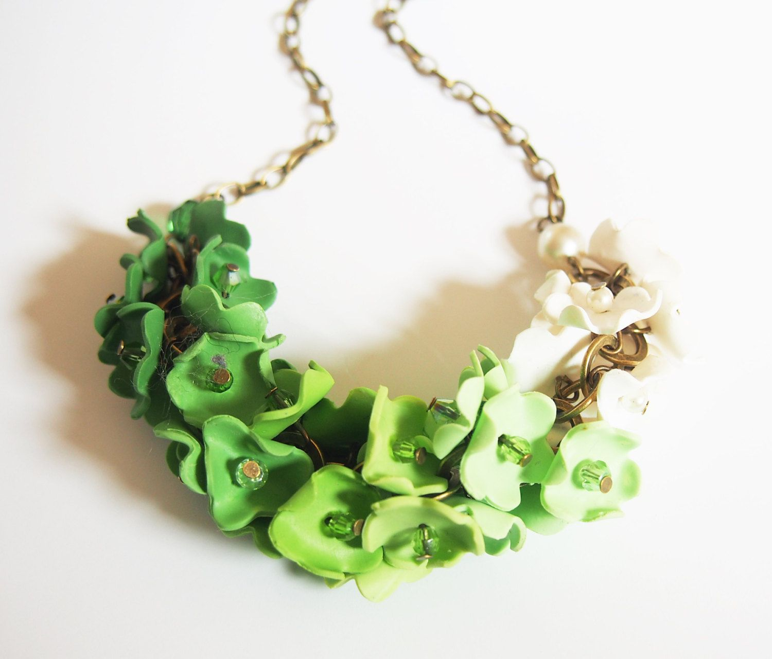 Green Necklace Flower Necklace ( ombre green ombre necklace bib necklace bridal jewelry floral jewelry polymer clay jewelry floral necklace) (36.00 GBP) by BrightFloralJewelry