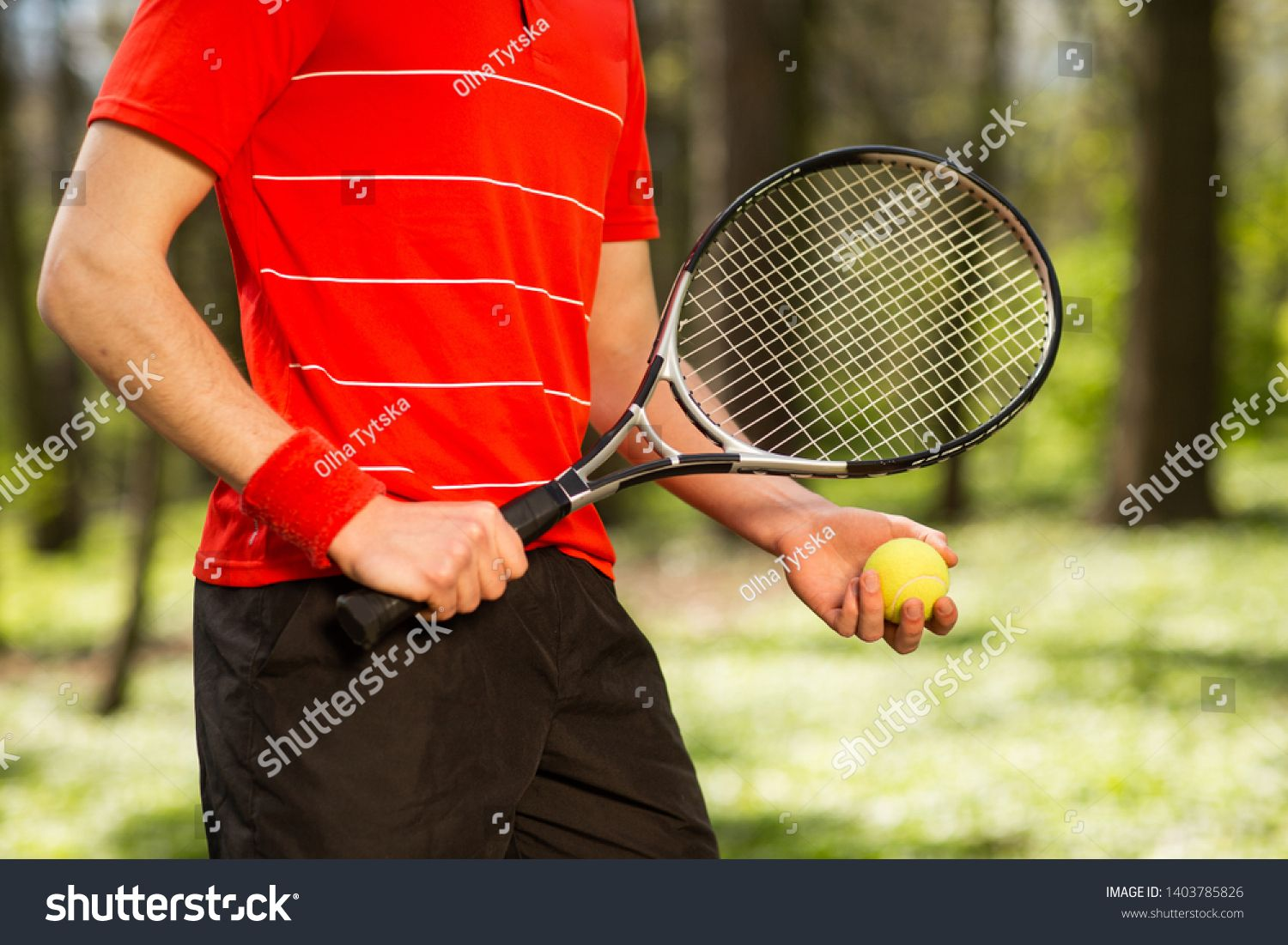 Close up of men's hands hold a tennis racket and ball on the green  background. Sport concept #Ad , #Affiliate, #hold#tennis#hands#… | Tennis  racket, Tennis, Rackets