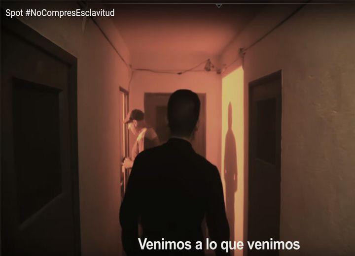 Nocompresesclavitud Es Un Video De Sensibilizacion Que Pone El Foco En La Demanda Y En El Demandante De Prostitucion El Video Real Focos Videos Prostitucion