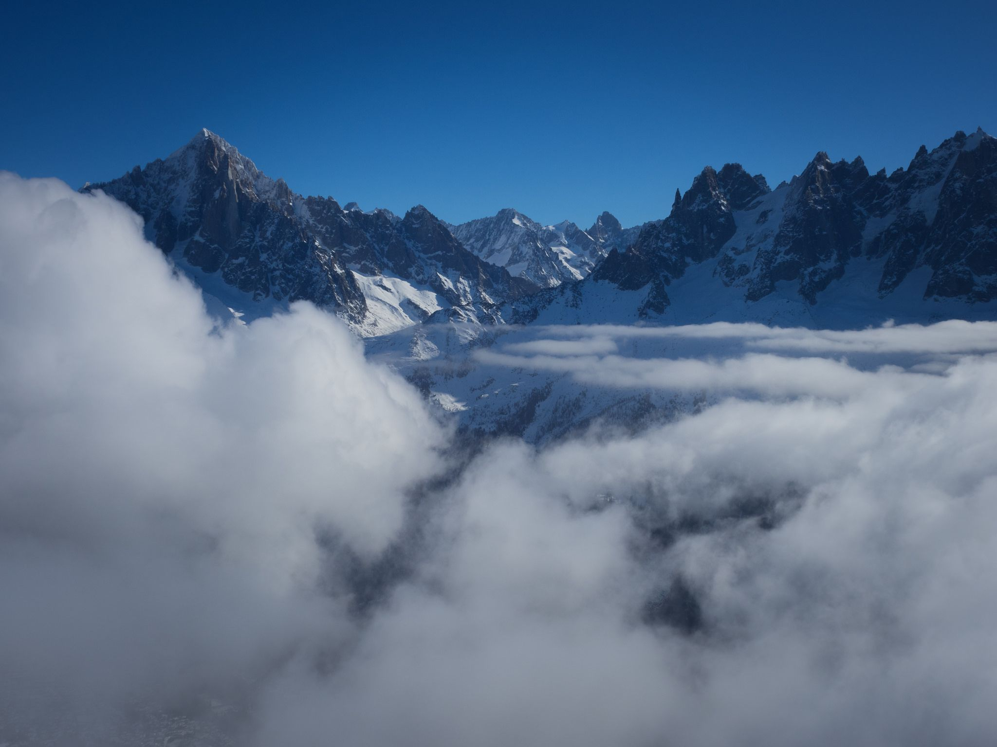https://flic.kr/p/CKVCYv | Extreme Environments - The Aiguille Verte from Le Brévent, Chamonix Valley, France