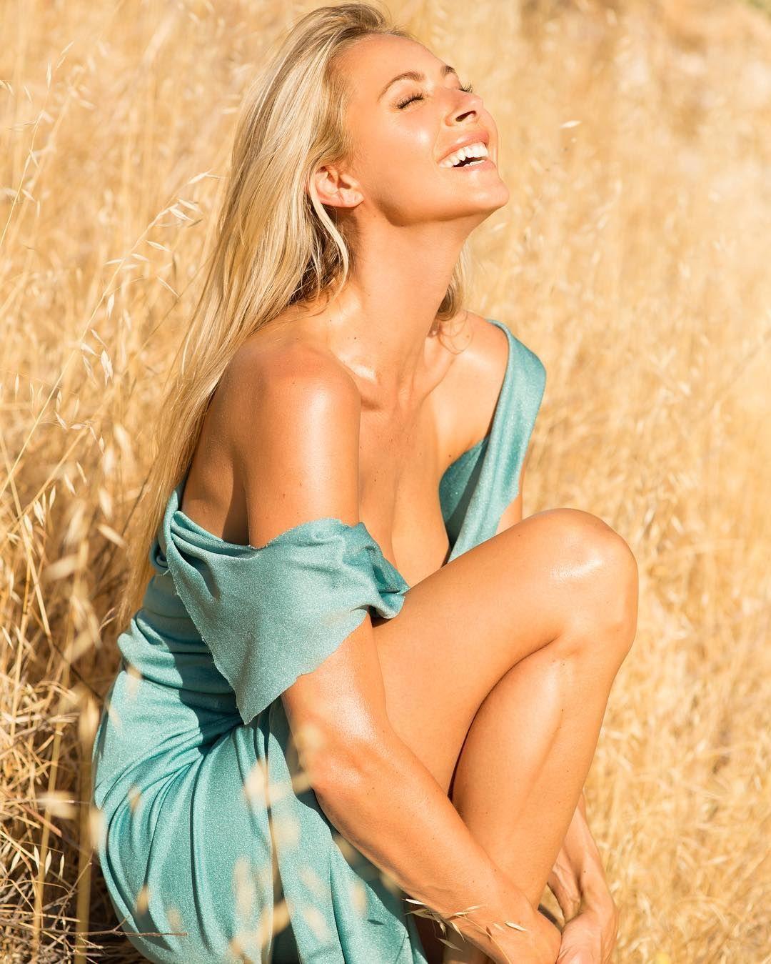 Jesse Golden Nude Photos 60