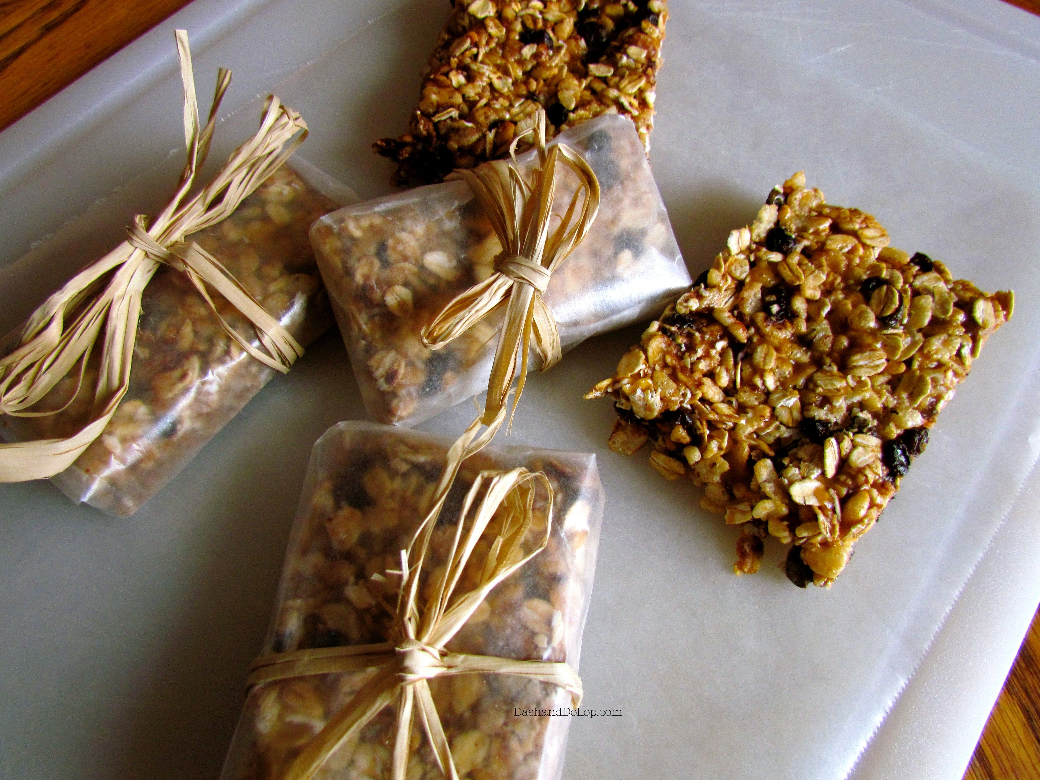 Homemade granola bars. An easy grab and go breakfast or afternoon snack.
