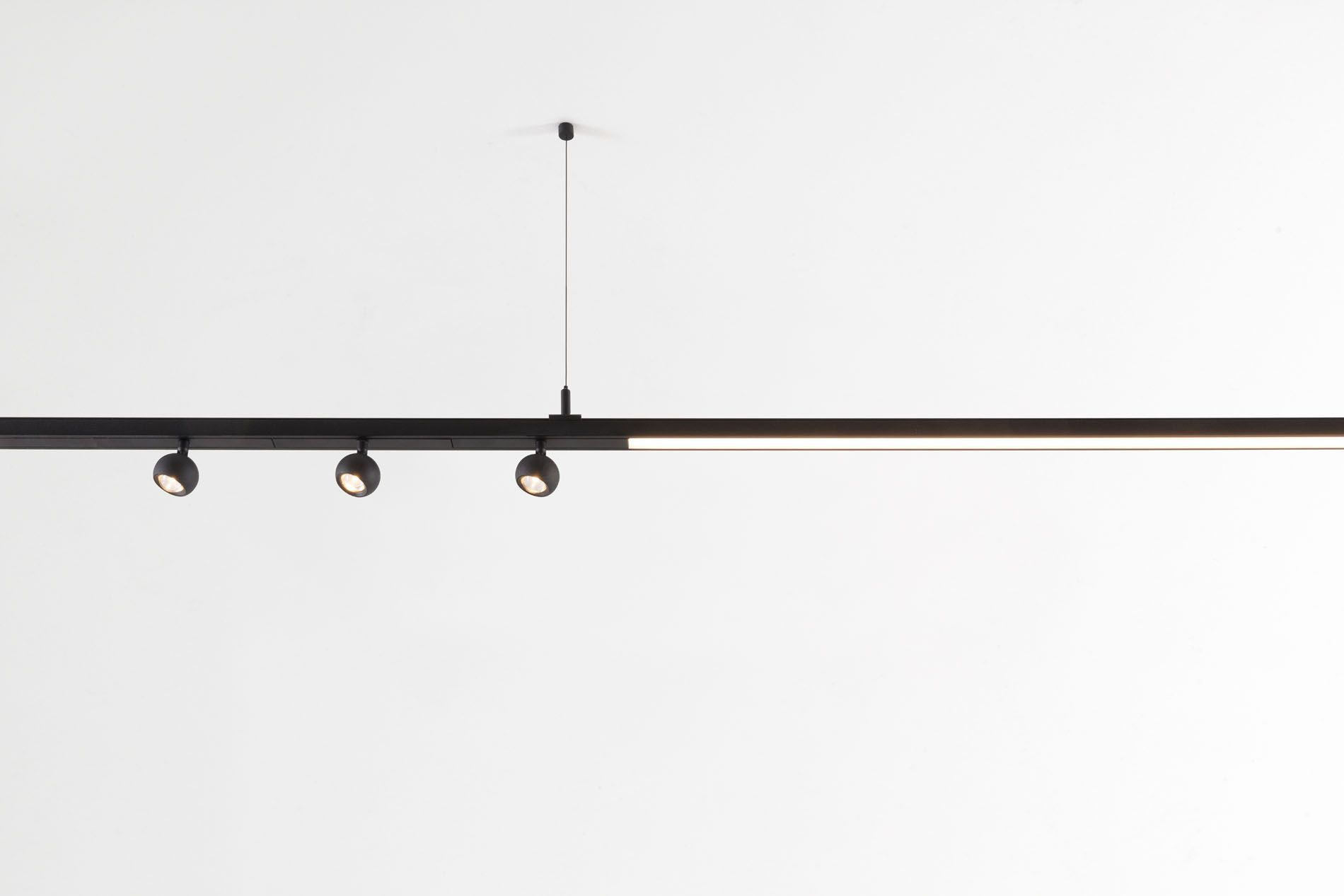 New Designed Specifically For Pista S Magnetic Track Rails Marbulito Takes Accent Lighting To The Nex Architectural Lighting Fixtures Lighting Track Lighting